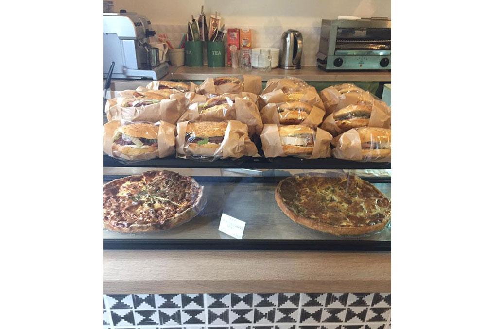 Superfood café restaurant Arles