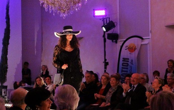 defile de mode des commerçants de Tarascon 2017