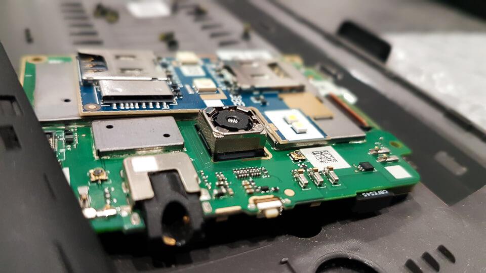 Benicom à Tarascon reparation depannage smartphone tablette ordinateurs