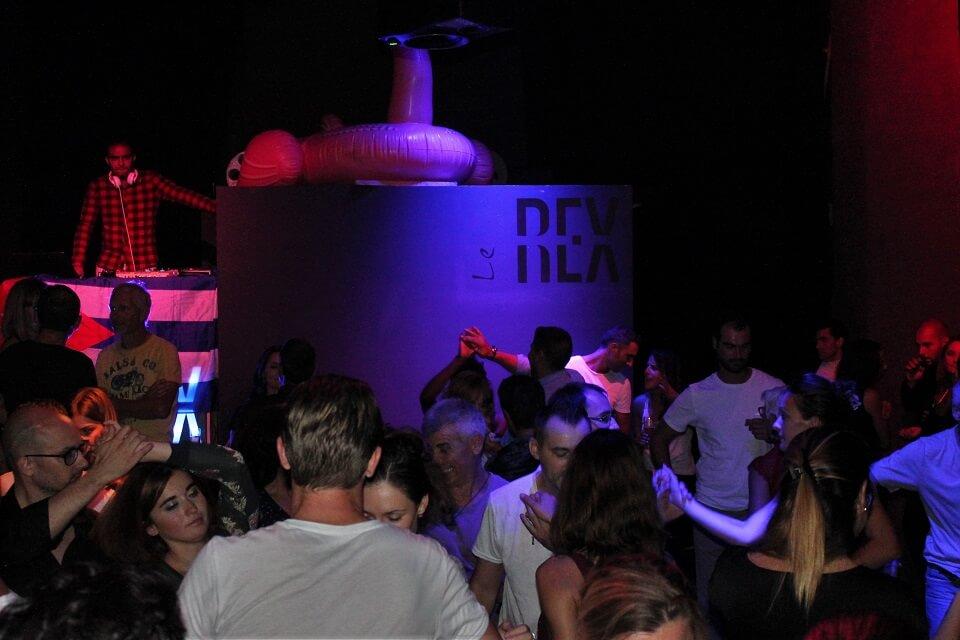 le Rex cafe concert salsa dj saint remy de provence