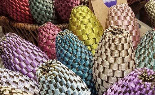fuseaux de lavande des baux de provence