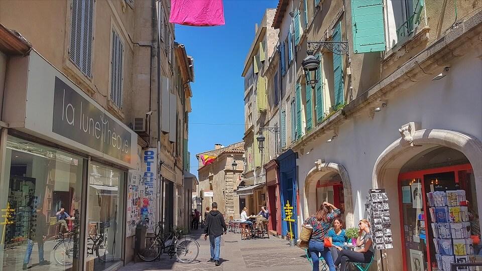 la rue Réattu à Arles