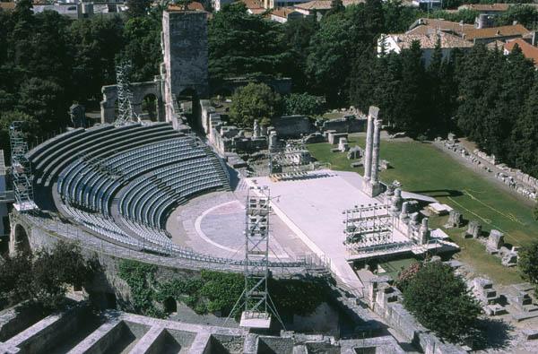 theatre antique arles patrimoine