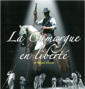 spectacle-chevaux-taureaux-camargue