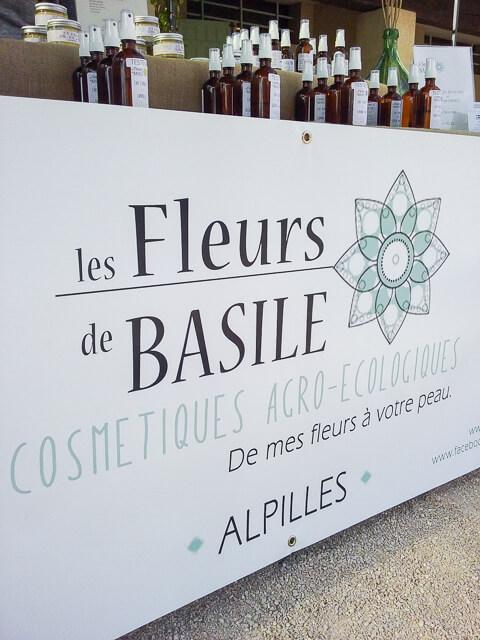 Lucie des Fleurs de Basile productrice cosmetiques bio des Alpilles