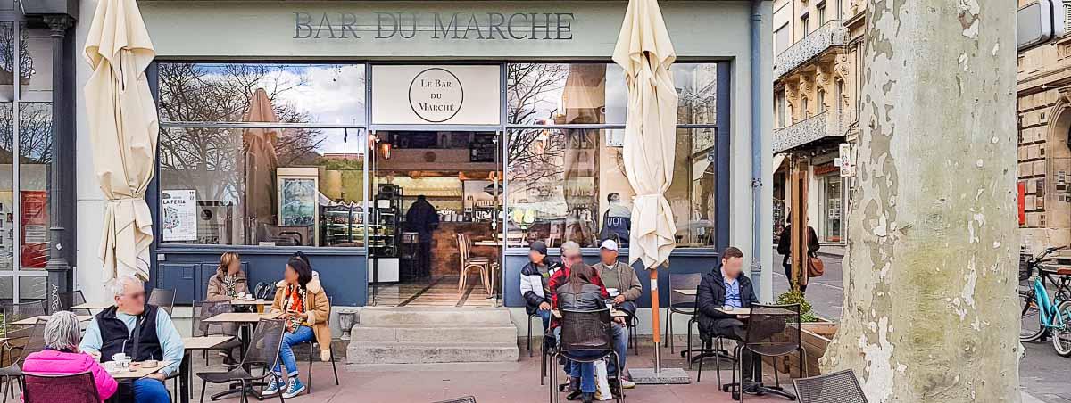 Bar du Marché sur le boulevard des Lices à Arles 13200