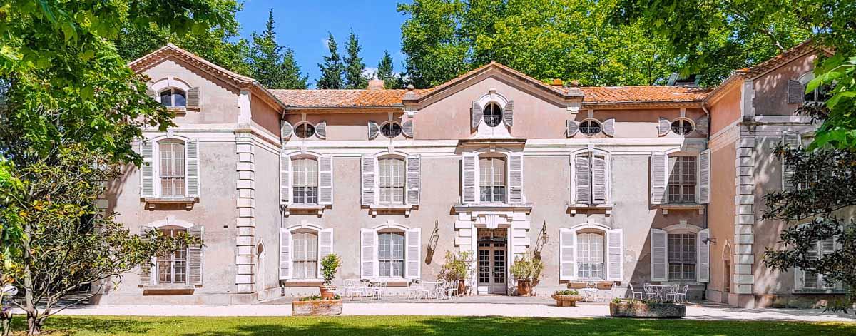 salle reception alpilles Château de Vergières