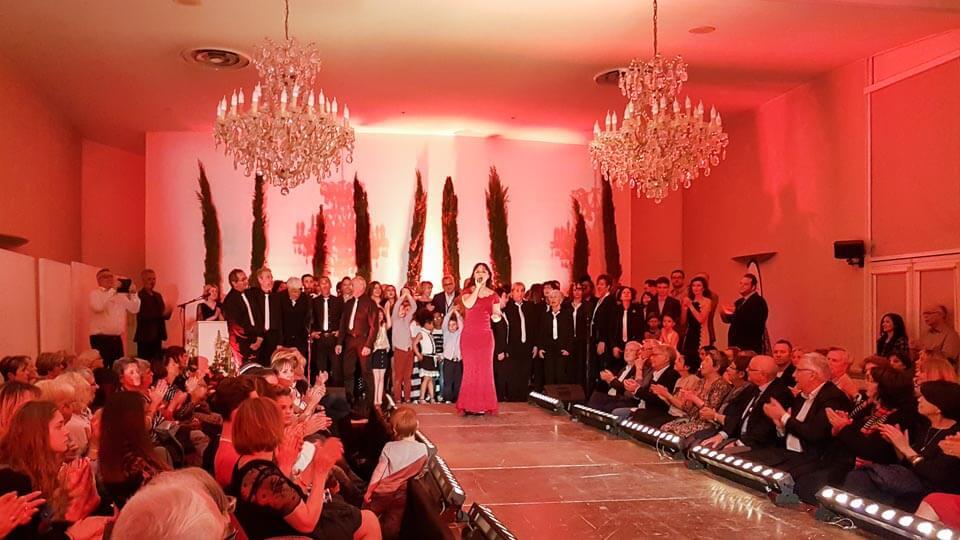 Fashion show et défilé de mode des commerçants de Tarascon Avril 2019