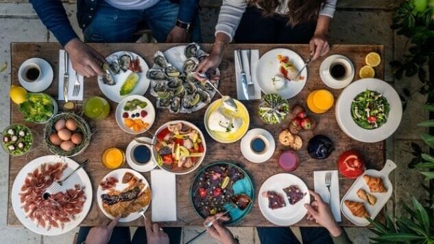 Hameau des Baux Paradou Alpilles Hotel restaurant Brunch du dimanche
