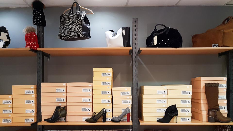 magasin chaussures et vêtements arles MC Shoes