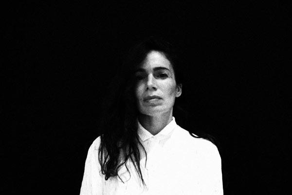 Yael Naïm en concert à Arles 2020