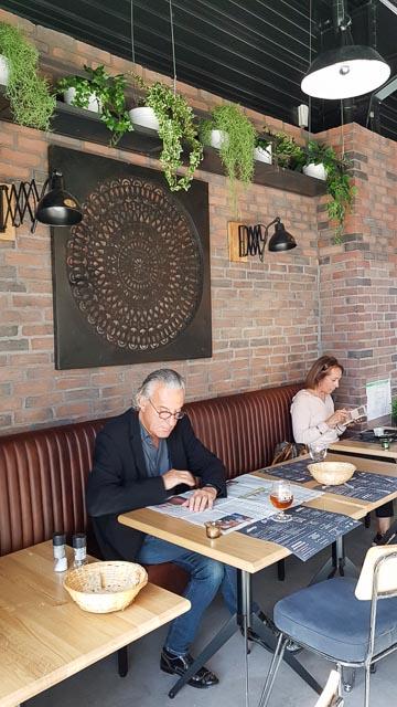 Café et rafraichissement toute la journée à la Meunerie à Arles